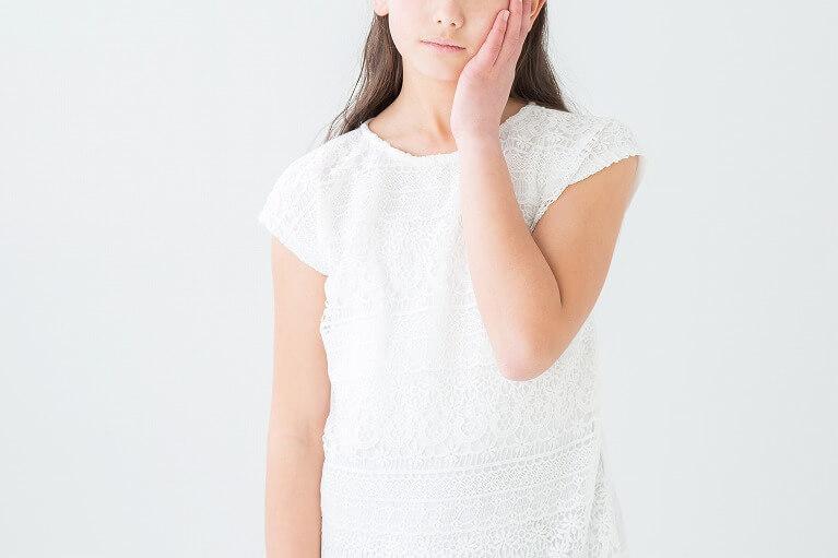安福歯科医院では知覚過敏の治療を行っています。