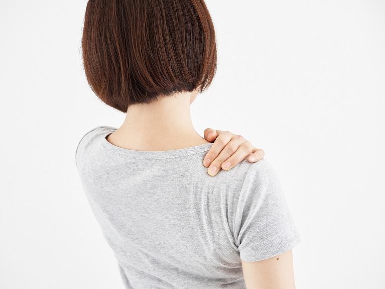 咬み合わせによる肩こりや頭痛の治療なら宝塚の安福歯科医院へ