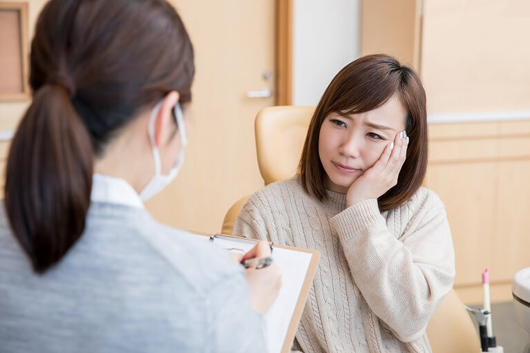 宝塚で親知らずの抜歯なら、安福歯科医院へご相談ください。